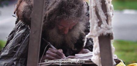 ריימונדו ההומלס חוטא בכתיבה על 'האי'